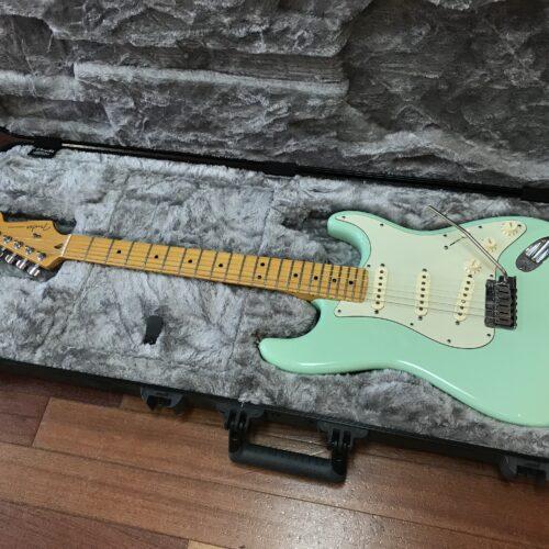 2015 Fender Deluxe Stratocaster Seafoam green