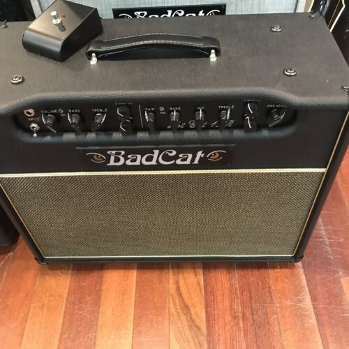 BadCat Hot Cat 15R 1×12 combo hand wired