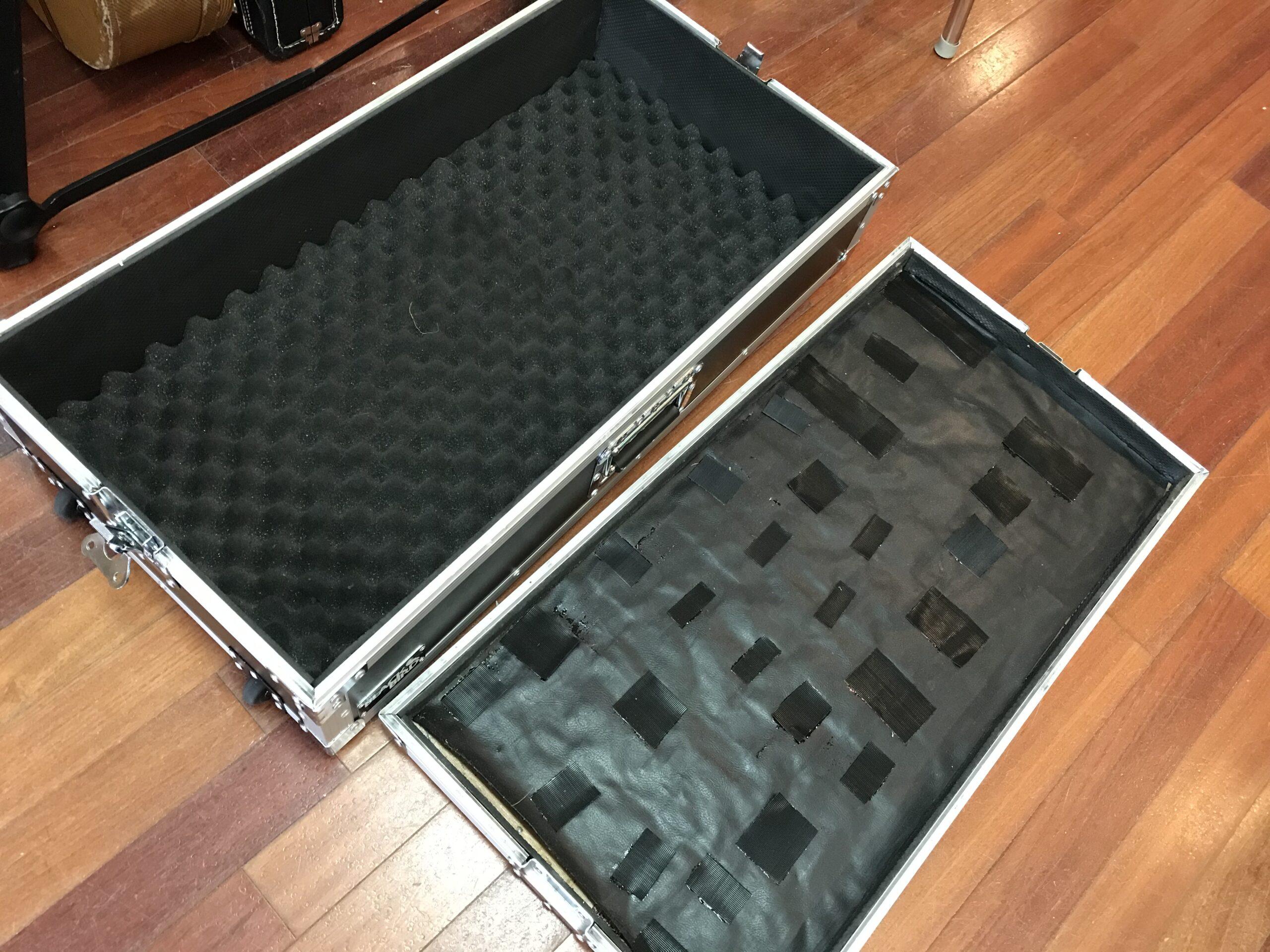 Black Bird pedal board