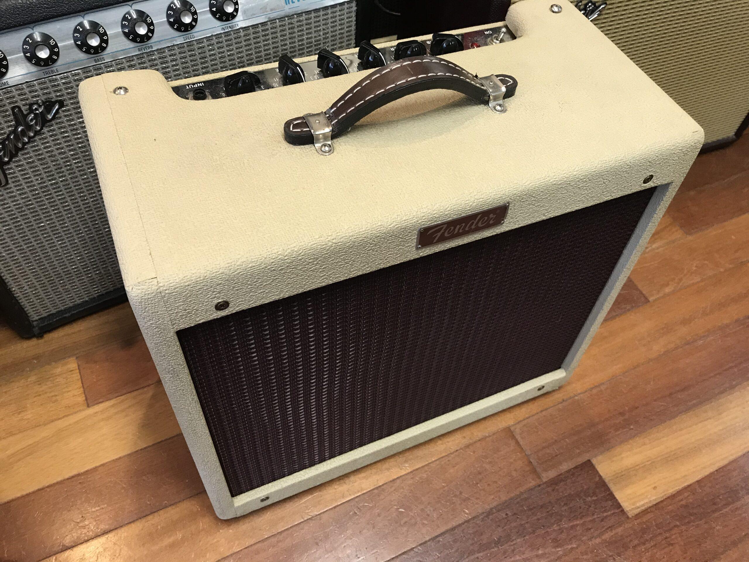 Fender Blues Junior USA cool blond color