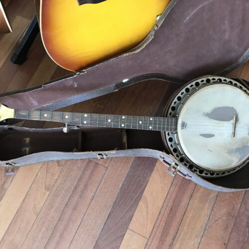 30s Gretsch 5 string banjo. Some issues