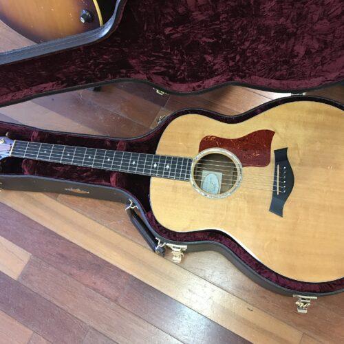 Taylor 518E Acoustic