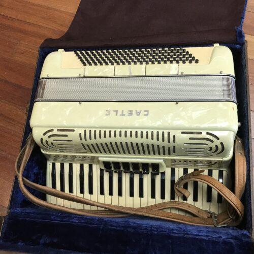 Castle accordion