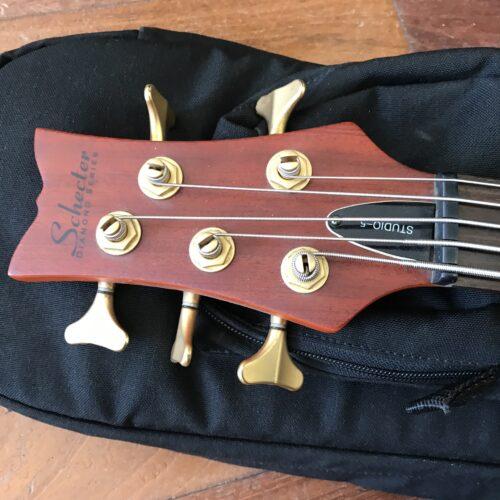 Schecter Studio 5 bass