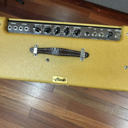Clark Low Country tweed low power Twin 2×12 amp