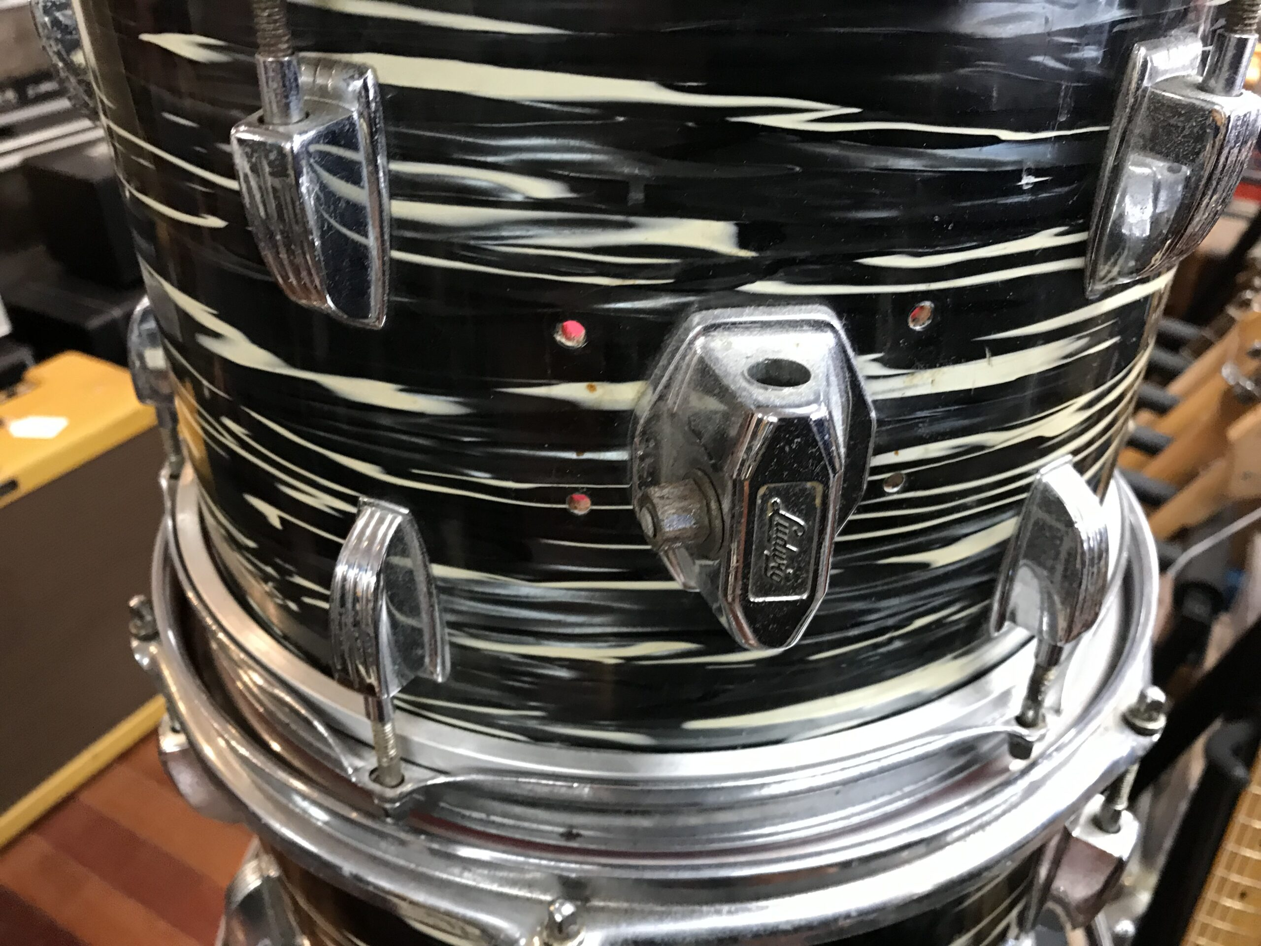 70s Ludwig olive badge 4 pc drum set Bowling Ball Black Oyster Pearl