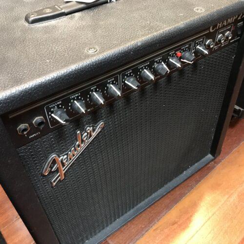 Fender 25 tube amp 1×12